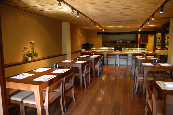 tensui-dining-floor-seating